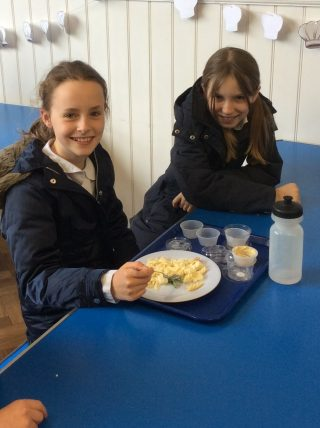 Little Chefs Falcons healthy eating