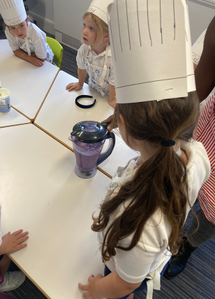 Life Skills - A pupil blends smoothies